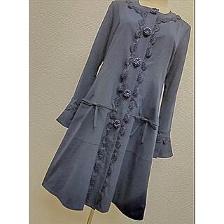 ビジューおリボンデザインが大人可愛い軽やかなコート(スプリングコート)