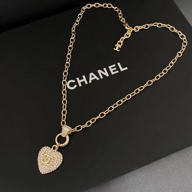 CHANEL(シャネル)のシャネル ネックレス Pierce レディースのアクセサリー(ネックレス)の商品写真