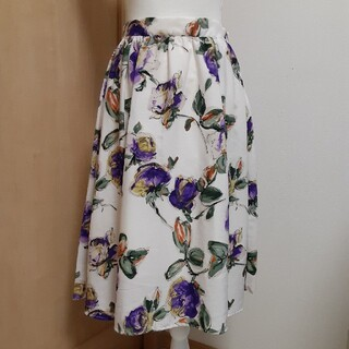 ViS - ViS 新品✨ミモレ丈花柄スカート M