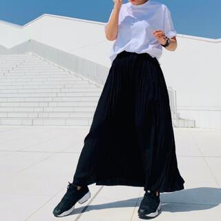 UNIQLO - ワッシャーサテンスカートパンツ