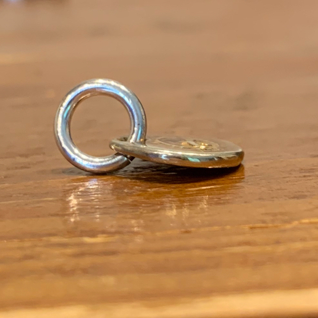 goro's(ゴローズ)のゴローズ k18太陽メタルOLD(小) SVグラスセット メンズのアクセサリー(ネックレス)の商品写真