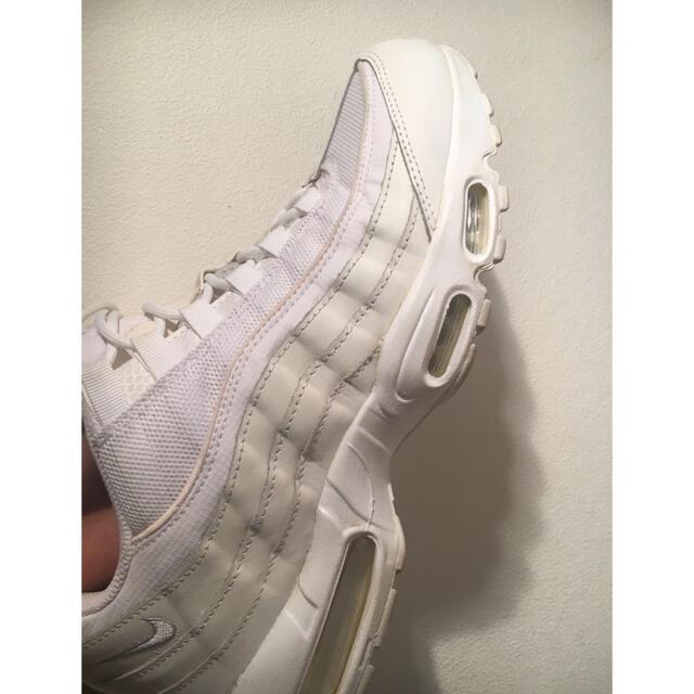 NIKE(ナイキ)のNIKE AIR MAX 95 ホワイト メンズの靴/シューズ(スニーカー)の商品写真