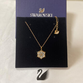 SWAROVSKI - スワロフスキー 雪の結晶 ネックレス