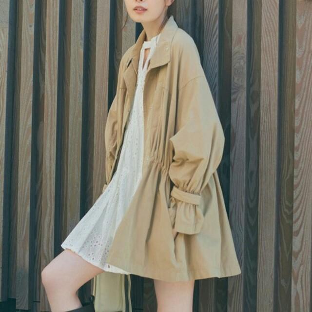 COCO DEAL(ココディール)のボリュームブルゾンコート レディースのジャケット/アウター(トレンチコート)の商品写真