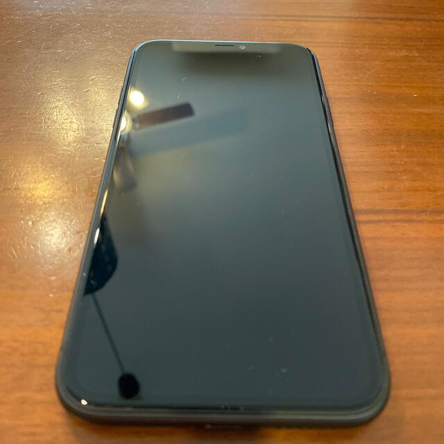 iPhone(アイフォーン)の【美品】SIMフリー iPhone11 ブラック 128GB 電池容量100% スマホ/家電/カメラのスマートフォン/携帯電話(スマートフォン本体)の商品写真