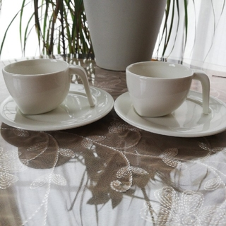 イッタラ(iittala)のイッタラ EGO  エスプレッソ カップとソーサー ペア(グラス/カップ)