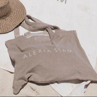 ALEXIA STAM - ♡新品未使用·2020SS即完売alexiastamビーチパイルバッグ単品♡