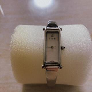 グッチ(Gucci)のGUCCI・シェル・ダイヤ・バングル時計(腕時計)