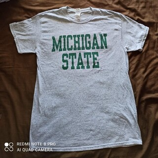 ギルタン(GILDAN)のアメリカ古着 MICHIGAN STATE(Tシャツ/カットソー(半袖/袖なし))