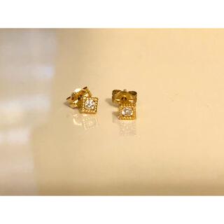 ココシュニック(COCOSHNIK)のCOCOSHNIK K10YGダイヤモンドピアス(ピアス)