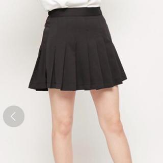 スピンズ(SPINNS)の[新品]スピンズ プリーツスカート 黒(ミニスカート)