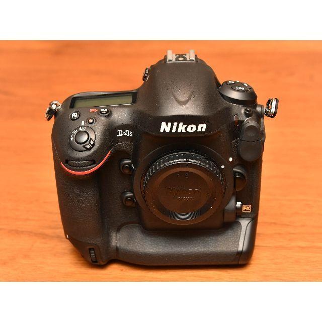 Nikon(ニコン)のニコン「D4s」ボディ 美品 (完動品) ショット数4,000回以下 スマホ/家電/カメラのカメラ(デジタル一眼)の商品写真