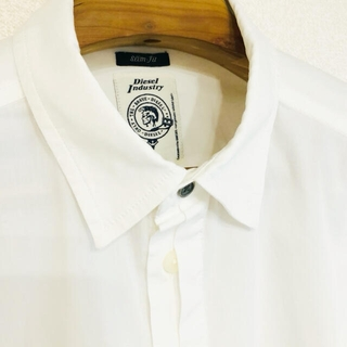 ディーゼル(DIESEL)のDIESEL ドレスシャツ 白 飛翼(シャツ)