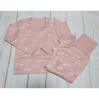 リボン総柄 腹巻付きパジャマ 長袖(パジャマ)