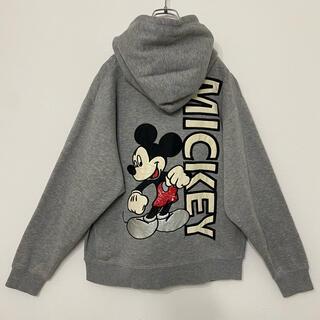 ディズニー(Disney)のDisney ミッキー 両面刺繍 前V キャラクタープルオーバーパーカー グレー(パーカー)