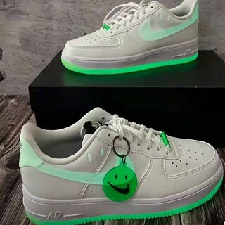 Nike air force 1 low笑顔の夜光エアフォースワンローヒールのカ