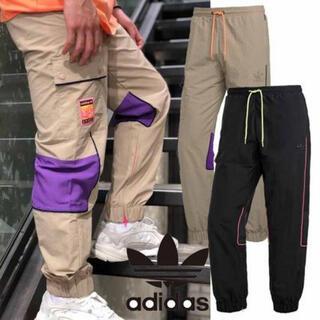 アディダス(adidas)のアディダス モダントラックパンツ カーゴパンツ(ワークパンツ/カーゴパンツ)