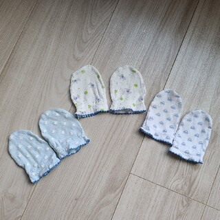 ニシマツヤ(西松屋)の西松屋 ミトン 男の子 3点セット(手袋)