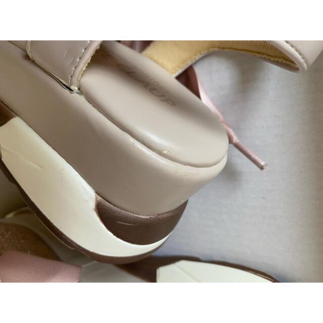 one after another NICE CLAUP(ワンアフターアナザーナイスクラップ)のナイスクラップ グリッターリボンサンダル レディースの靴/シューズ(サンダル)の商品写真
