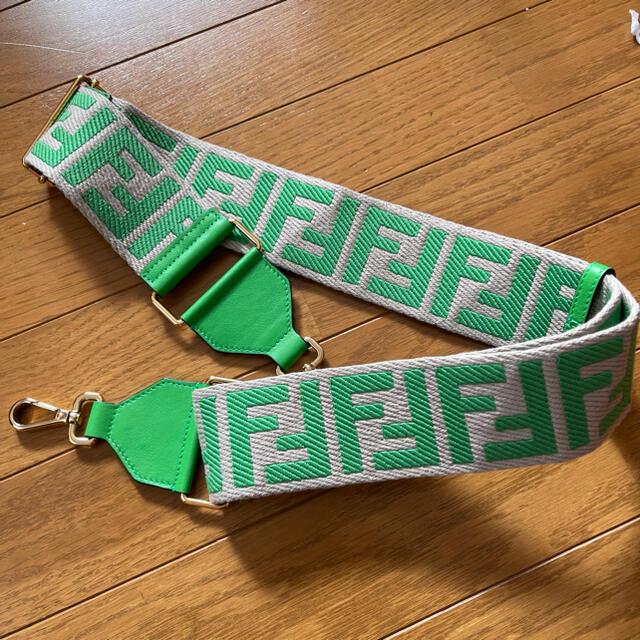 FENDI(フェンディ)のjenny★様専用 FENDI ストラップユー ハンドメイドのファッション小物(バッグチャーム)の商品写真