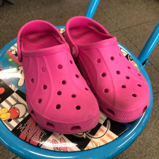 クロックス(crocs)のクロックスピンク crocs 美品(サンダル)