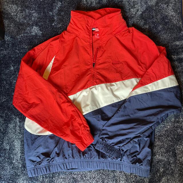 NIKE(ナイキ)のナイキ ナイロンジャケット メンズのジャケット/アウター(ナイロンジャケット)の商品写真