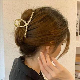 ヘアクリップ パール ゴールド 素敵♪ 韓国ファッション 再入荷しました!