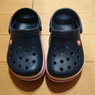 クロックス(crocs)の【新品未使用】クロックス 20cm~21cm ネイビー(サンダル)