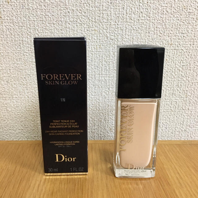 Dior(ディオール)のディオールスキン フォーエヴァー フルイド グロウ 1N コスメ/美容のベースメイク/化粧品(ファンデーション)の商品写真