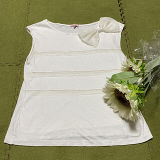 トッカ(TOCCA)の15日限定!最終価格!美品☆トッカ素敵な白色リボン付きカットソー(Tシャツ(半袖/袖なし))