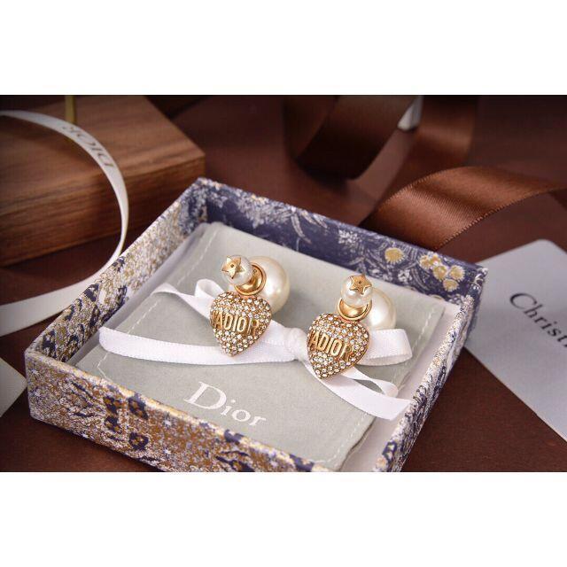 Christian Dior(クリスチャンディオール)のディオールパールピアス レディースのアクセサリー(ピアス)の商品写真