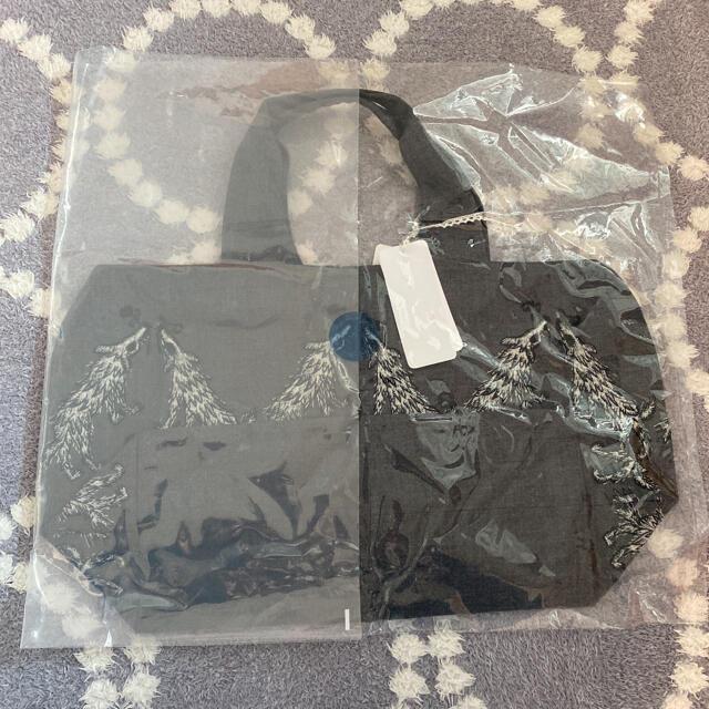 mina perhonen(ミナペルホネン)のミナペルホネン  wolf&flower パニーニバッグ 新品未使用 レディースのバッグ(トートバッグ)の商品写真
