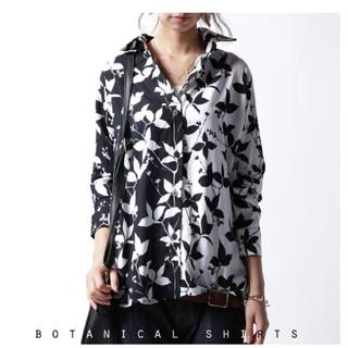 antiqua - アンティカ バイカラー花柄シャツ