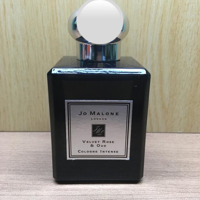 Jo Malone(ジョーマローン)の【新品同様】50ml 国内正規品 ジョーマローン ヴェルベット ローズ ウード コスメ/美容の香水(香水(女性用))の商品写真