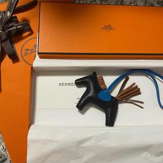 Hermes - 【新品未使用 】🐴エルメス ロデオチャーム  PM🐴