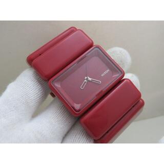 ニクソン(NIXON)のNIXON THE VEGA レッド バングルウォッチ(腕時計)