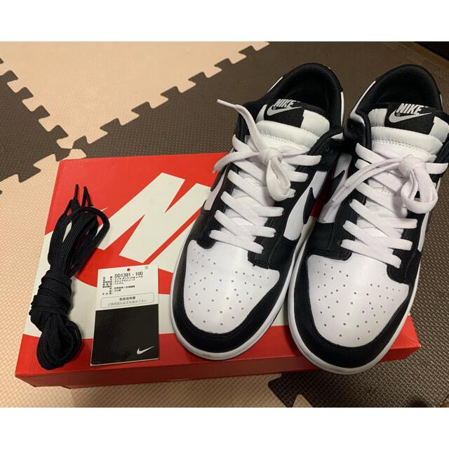 NIKE(ナイキ)のDUNK Lo  パンダ メンズの靴/シューズ(スニーカー)の商品写真