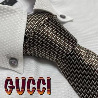 Gucci - グッチ ネクタイ【美品・訳アリ】GUCCI  光沢 厚手 パターン柄