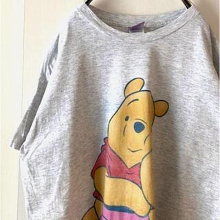 ディズニー(Disney)のDisney  プーさん プリント Tシャツ  ライトグレー 薄い灰色 古着(Tシャツ/カットソー(半袖/袖なし))