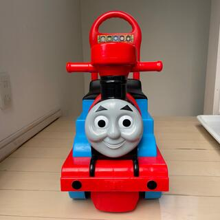 タカラトミー(Takara Tomy)のおもちゃ 機関車トーマス 乗り物 音が出る (電車のおもちゃ/車)