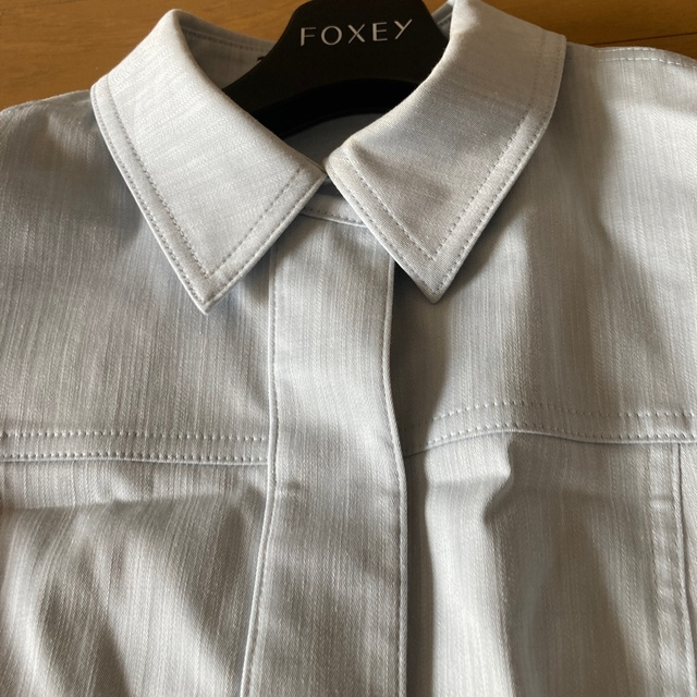 FOXEY(フォクシー)のフォクシーブルーデニム完売42サイズ レディースのワンピース(ひざ丈ワンピース)の商品写真
