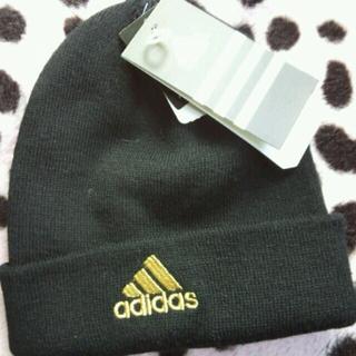 アディダス(adidas)の新品タグ付 adidas ニット帽(ニット帽/ビーニー)