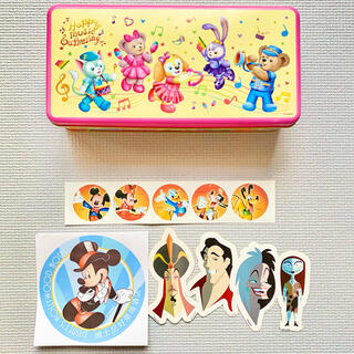 ディズニー(Disney)の【公式★香港】香港ディズニーランド ダッフィー 缶ケース ステッカー(キャラクターグッズ)
