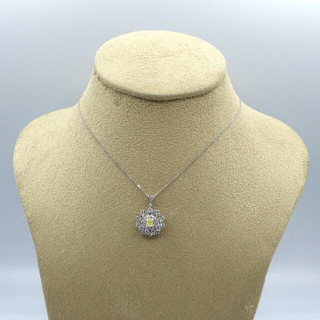 天然 イエローダイヤモンド プラチナ ペンダント レディースのアクセサリー(ネックレス)の商品写真