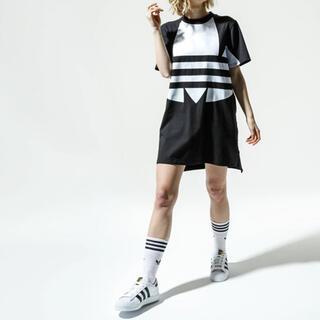 アディダス(adidas)のアディダス ビックロゴ ワンピース ビックロゴ トレフォイル ブラック 黒(ミニワンピース)