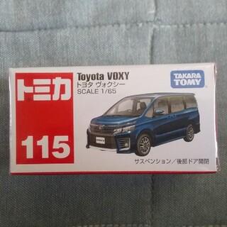 Takara Tomy - トミカ トヨタ ヴォクシー