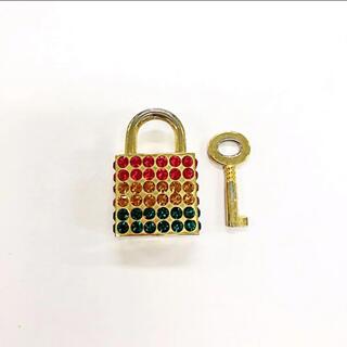 エルビーゼロスリー(LB-03)の南京錠 鍵 パドロック ペンダントトップ(キーホルダー)