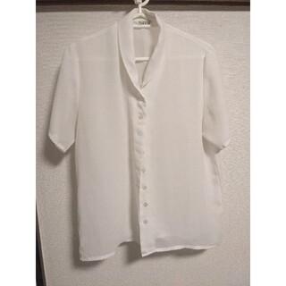白 半袖 シャツ