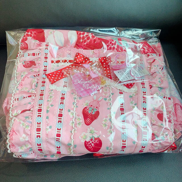 Angelic Pretty(アンジェリックプリティー)の「専用」 Little Bunny Strawberryエプロン風スカートピンク レディースのスカート(ひざ丈スカート)の商品写真