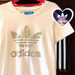アディダス(adidas)のアディダス シンプル シルバー ビッグロゴ Tシャツ ジャージ タンクトップ (Tシャツ(半袖/袖なし))